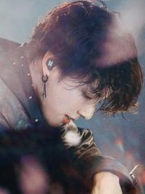 BTS:欢欣——短篇集