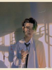 黄明昊:偏执大佬是我的男朋友
